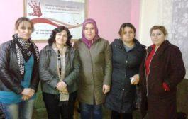 المرأةُ في الـ PYD تقومُ بزيارةٍ إلى مركز مناهضة العنف ضد المرأة