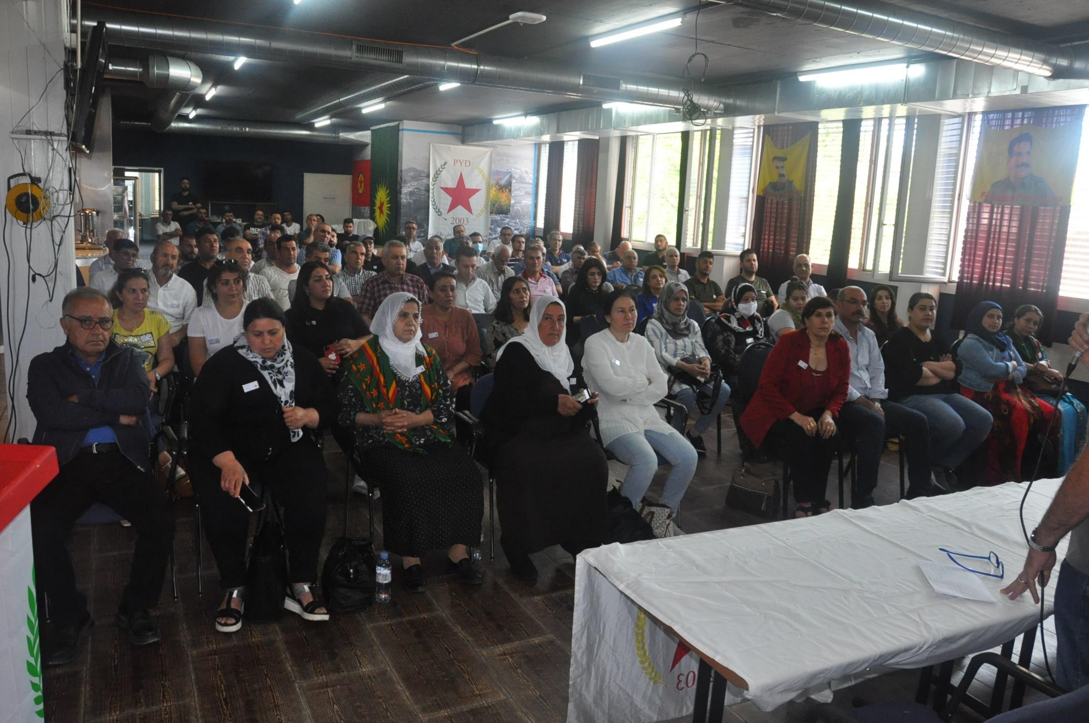 Photo of PYD Swîsre Konferansa xwe ya Şeşemîn li Dardixe