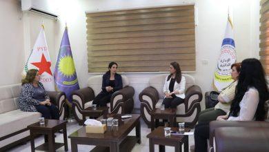 Photo of Şandek ji Partiya Yekîtiya Suryanî serdana Meclisa Jin a PYD kir