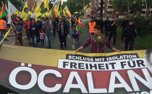 دورتموند الألمانية:مظاهرة لدعم أهلنا في باكور كوردستان