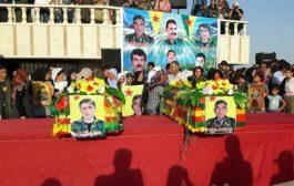 الـ PYD تُشَّيّع أثنين من شهداء قوات سوريا الديمقراطية