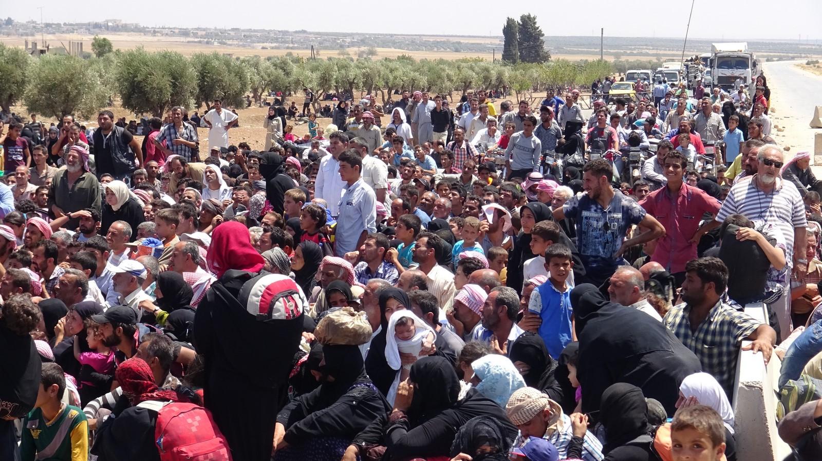 Photo of عفرين – حركة النزوح لم تنقطع منذ بدأ الصراع في سوريا