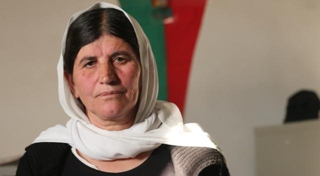 Photo of شقيقة نادية مراد: لن ننسى من خاننا و لن ننسى من ضحى لإنقاذنا