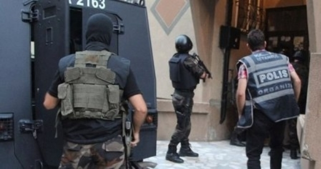 Photo of السلطات التركية تعتقل الكرد في مدينة وان