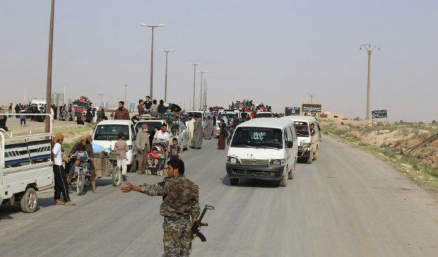Photo of تحرير 5 آلاف مدني من الطبقة