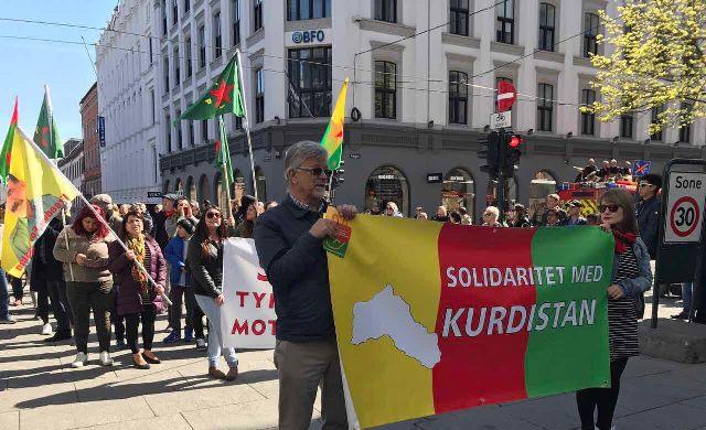 Photo of الجالية الكردية تشارك النروجيين في عيد العمال العالمي