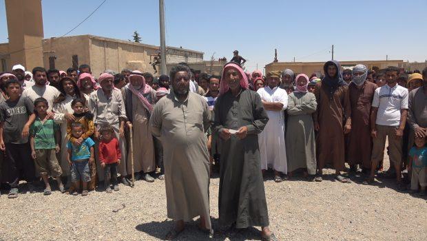 "Photo of أهالي قريةَ اليرموك يستنكرونَ ادعاءاتَ وسائلِ الإعلامِ حولَ قيامِ قوات ""ق س د"" بتهجيرهم"