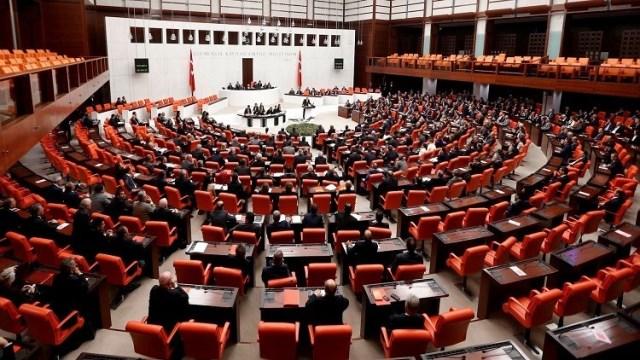 Photo of تركيا.. ممنوعٌ ذِكْرُ اسمِ كُردستان أو إبادةِ الأرمنْ في البرلمانْ تحتَ طائِلةِ الغرامةِ المالية