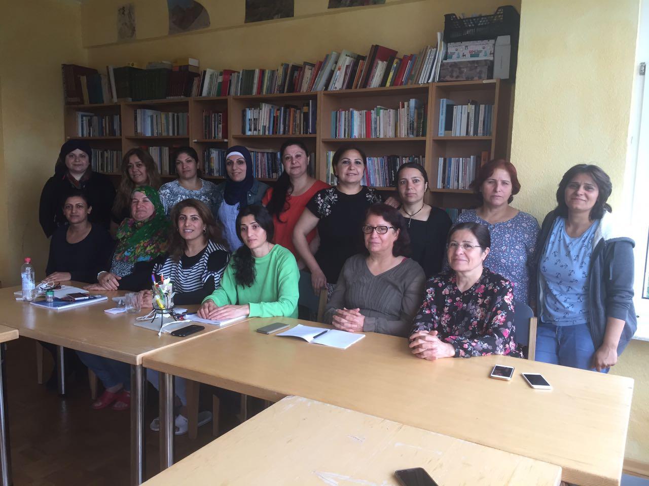 Photo of اختتام الدورة التدريبية لتنظيم منظمة المرأة في الـ PYD