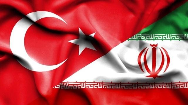 Photo of تركيا وإيران توقعان اتفاقاً عسكرياً ضد روسيا