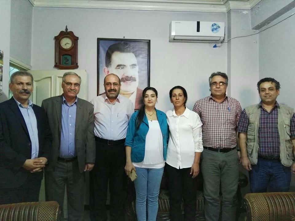 Photo of تجمع الديمقراطيين واليساريين الكرد في سوريا يبارك لرئاسة الـPYD مهامها