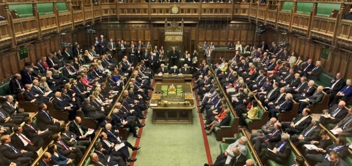 Photo of مجلس العموم البريطاني: ينبغي مشاركة حزب الاتحاد الديمقراطي بالحل في سوريا
