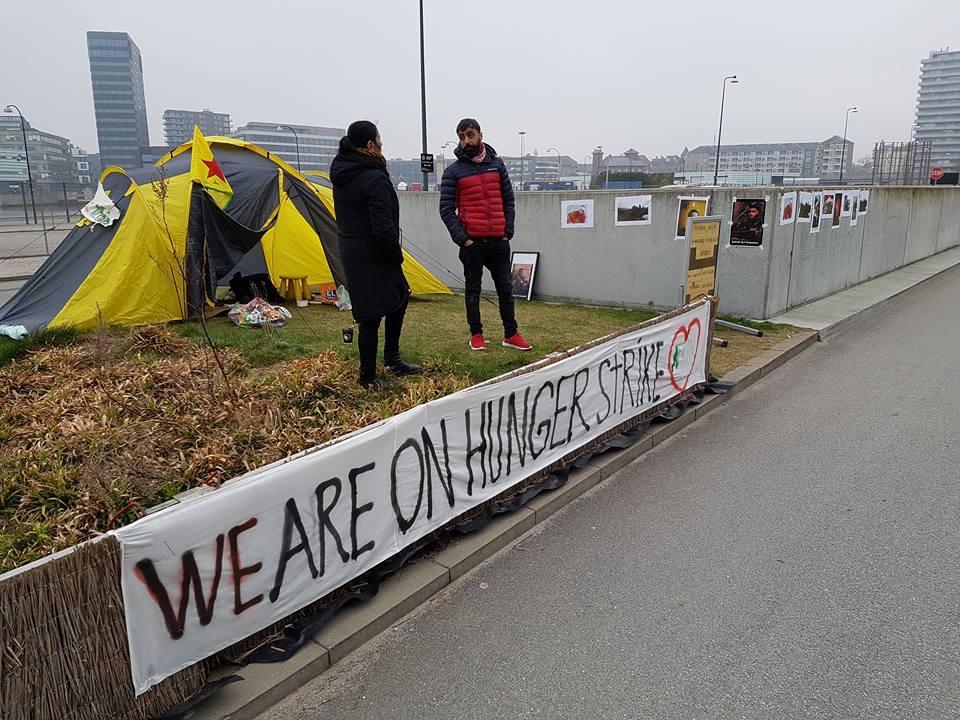 Photo of إضراب عن الطعام في كوبنهاغن احتجاجاً على الاحتلال التركي لعفرين