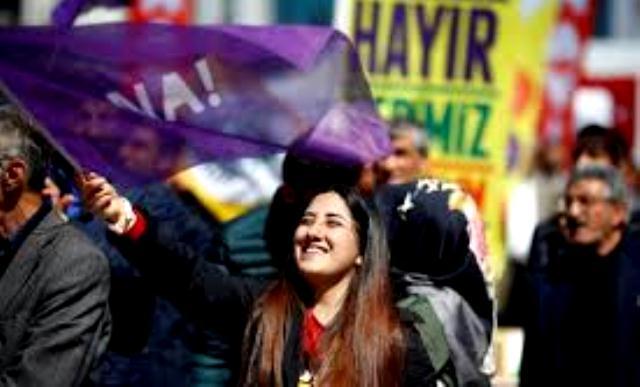 Photo of الشباب التركي سيقف ضد انحدار أردوغان إلى الحكم الأوتوقراطي
