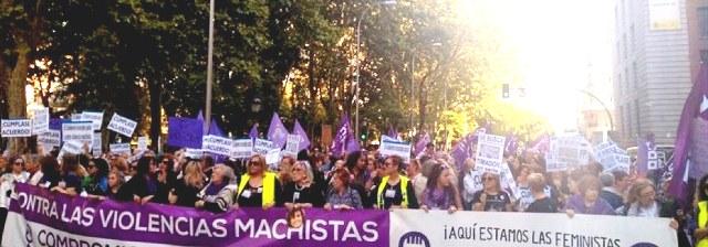Photo of اسبانيات تدعين السلطات لاتخاذ التدابير للحد من العنف ضد المرأة