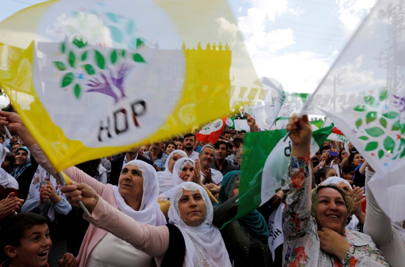 Photo of شبيغل الألمانية : هل سيسقط الكرد أردوغان ؟