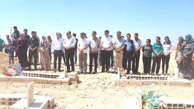 Photo of الرئاسة المشتركة للـPYD والمجلس العام يزور عائلة الشهيد خالد كوتي