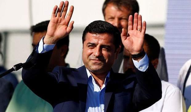 Photo of دميرتاش: دخول الشعوب الديمقراطي إلى البرلمان هو الانتصار الأكبر