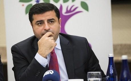 Photo of القضاء التركي يرفض إخلاء سبيل دميرتاش