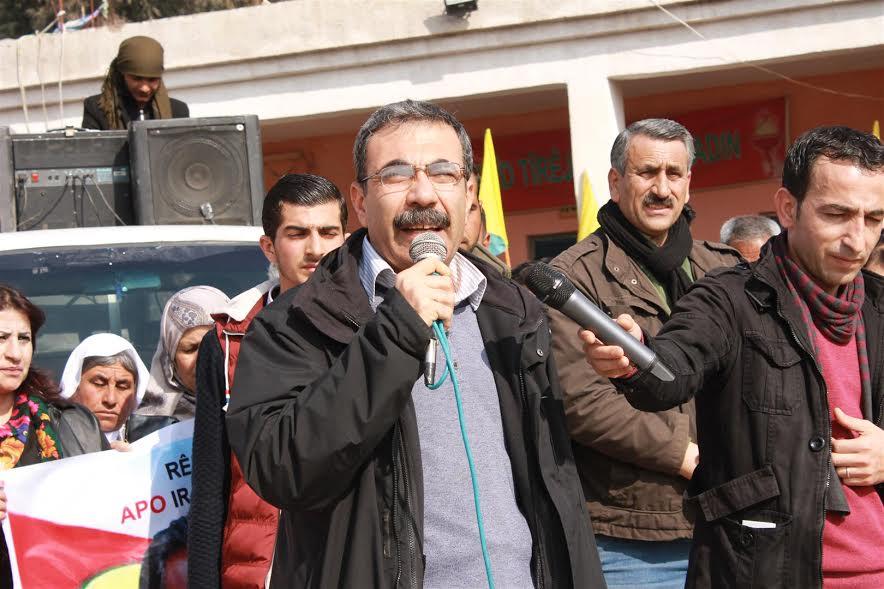Photo of آلدار خليل: لن نقبل بالتفاوض دون ضمانات، والمرحلة القادمة هي تحرير عفرين