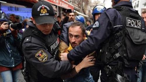 Photo of فشل أردوغان الخارجي ينعكس على الداخل التركي