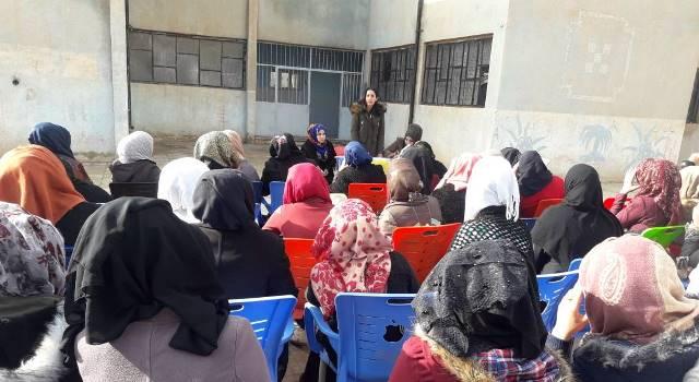 Photo of مجلس المرأة يعقد اجتماعاً موسعاً لتنظيم المرأة في الهول
