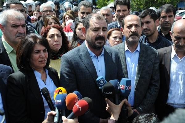 Photo of سلطة الإرهاب في تركيا تمنع تنصيب مرشح HDP الذي حصل على 70% من الأصوات