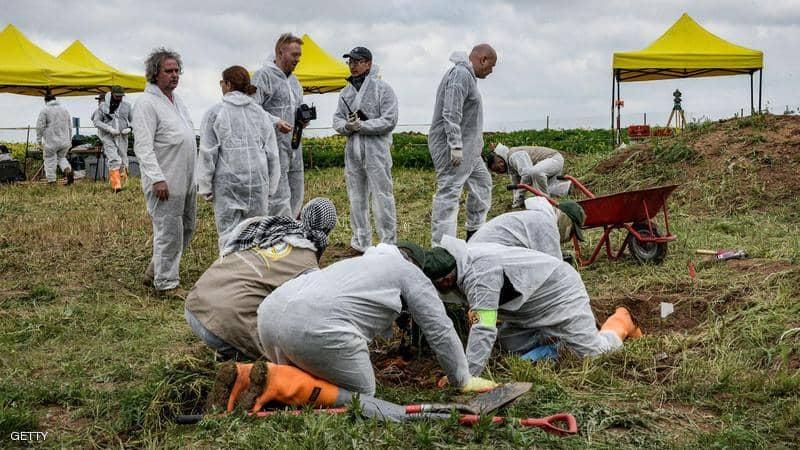 Photo of فريق أممي يعثر على 12 مقبرة جماعية للايزيديين
