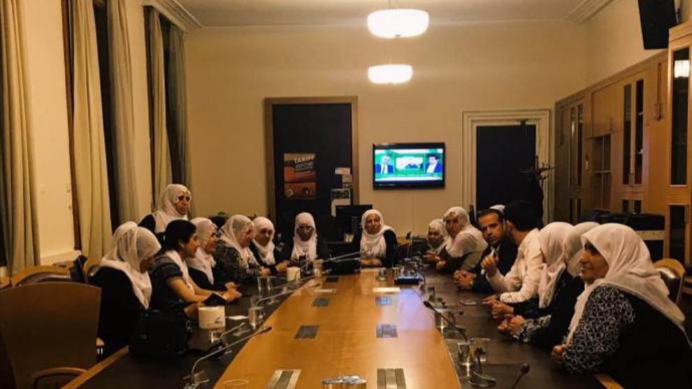 Photo of تواصل فعالية أمهات المعتقلين داخل مبنى البرلمان التركي