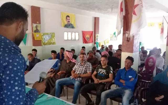 Photo of الاتحاد الديمقراطي يعقد اجتماعاً جماهيرياً في محلية العريشة