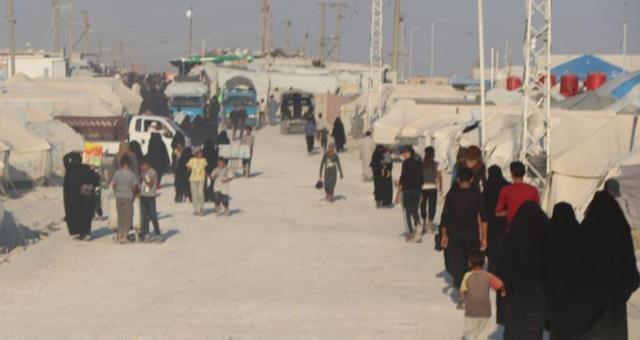 Photo of قوات سوريا الديمقراطية تلقي القبص على 4 روسيات من زوجات داعش