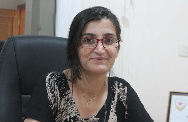 Photo of آهين علي: نجسد فلسفة الأمة الديمقراطية ونحولها واقعاً