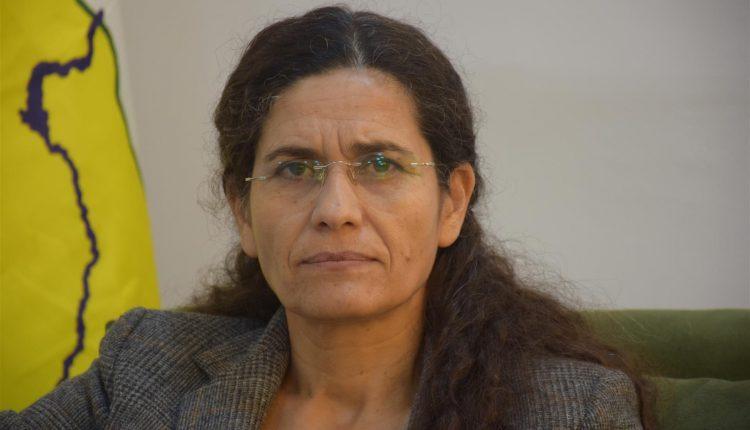 Photo of إلهام أحمد: قسد تأسست للدفاع عن المنطقة، ولها باع طويل في الحرب ضد داعش