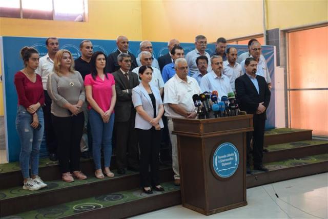 Photo of أحزاب شمال وشرق سوريا: لا تعنينا أية لجنة ما لم يكن لنا وجود فيها