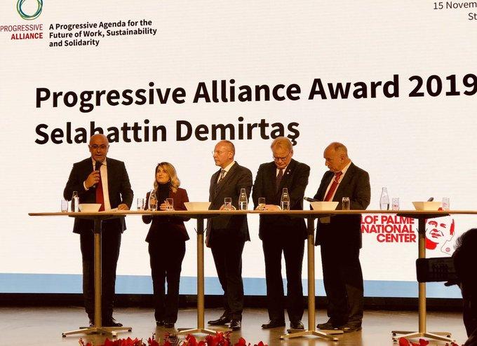 Photo of جائزة الشجاعة السياسية لعام 2019 تمنح لصلاح الدين دميرتاش