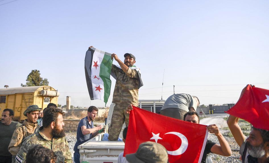 "Photo of هيومن رايتس ووتش: انتهاكات بحق المدنيين في ""المناطق الآمنة"" بسوريا"