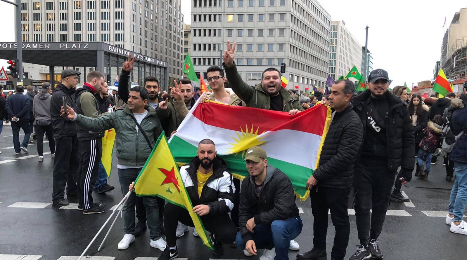 Photo of برلين في اليوم العالمي للتضامن مع روج آفا