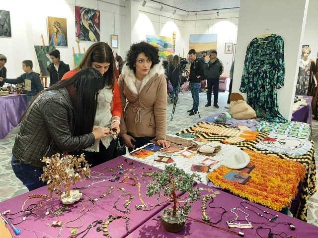"""Photo of  مهرجان أدب وفن المرأة تحت شعار """"المرأة نبض الثقافة"""""""