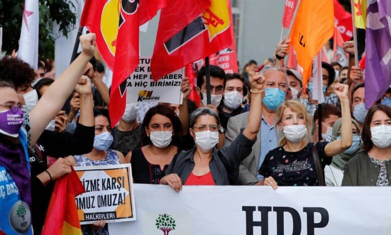 Photo of الاعتقالات التي تطال قيادات HDPضربة لكل المعارضة في تركيا