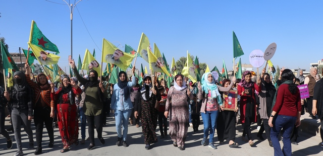 Photo of مؤتمر ستار ينظم مسيرة في قامشلو