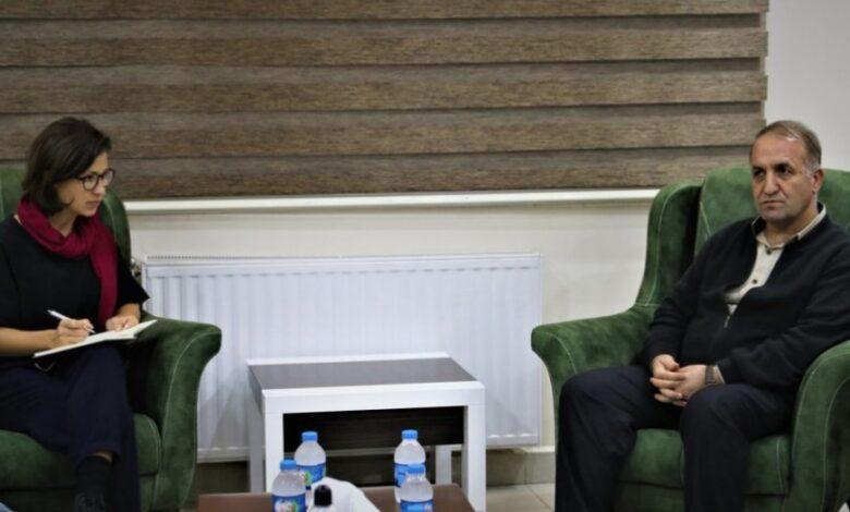 Photo of هانا نيومان: لا حل للأزمة السورية دون تبني تجربة الإدارة الذاتية