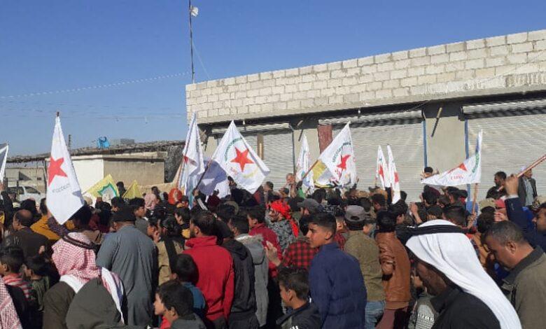 Photo of أهالي بلدة الهيشة ينددون بهجمات الدولة التركية على عين عيسى