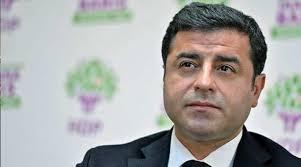 Photo of نقابات المحامين في 22 ولاية تركية يطالبون بإطلاق سراح ديمرتاش