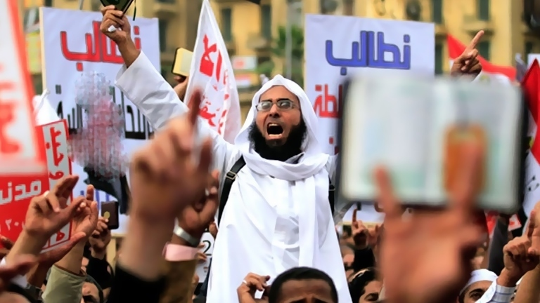 Photo of بين القاهرة وأنقرة.. ماذا تفعل منظمات حقوق الإنسان الإخوانية ؟