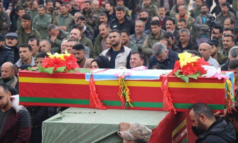 Photo of قامشلو تُشيّع مناضلاً من قوات الأسايش