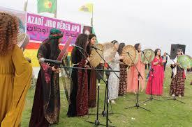 """Photo of """"نضالنا ضمان ثورة المرأة"""" احتفالية مدينة قامشلو بقدوم يوم الثامن من آذار"""