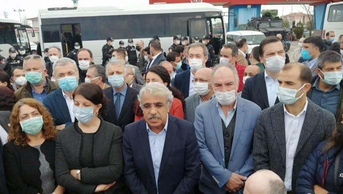 Photo of الرئيس المشترك لHDP: سنحبط قضية انتقام كوباني معاً