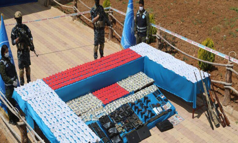 Photo of قوى الأمن الداخلي تضبط  عملية كبيرة لتهريب المواد المخدرة
