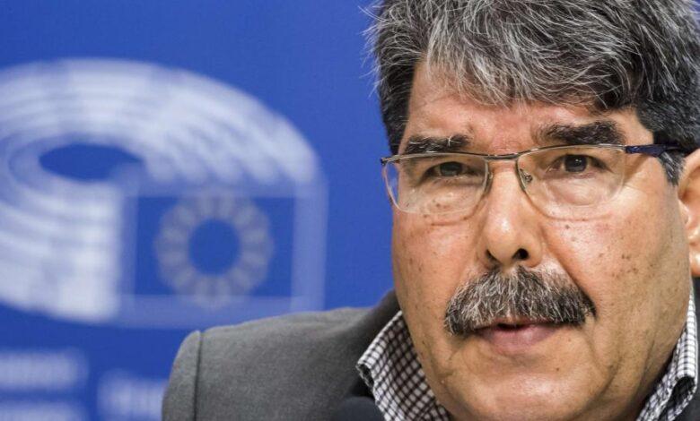 Photo of صالح مسلم: لن نسمح لأحد بالتضحية بنا، وقضية عفرين مسألة وجودية