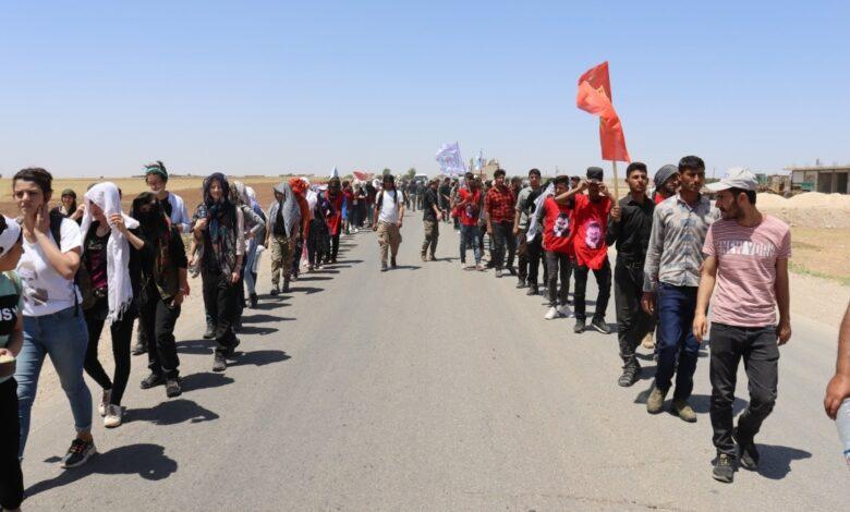 Photo of استقبال حافل لمسيرة الشّبيبة الرّاجلة في مناطق ديرك